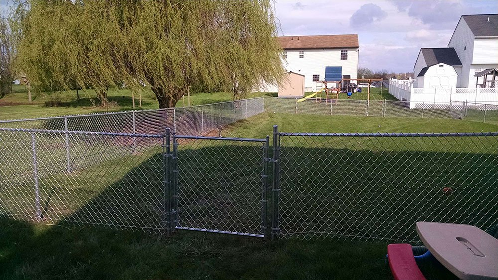 Galvanized-chainlink-fencing
